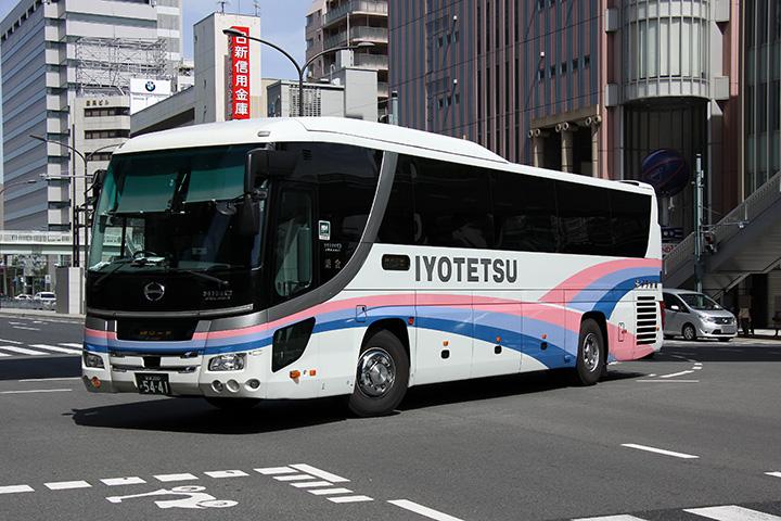 20170507_iyotetsu_bus-01.jpg