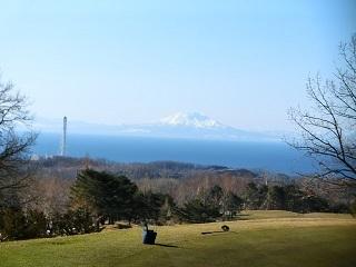 伊達CC北海道駒ヶ岳を望む