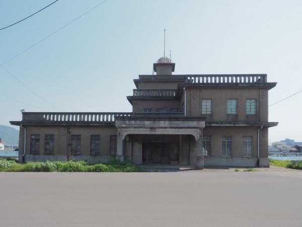 旧坂出港事務所03