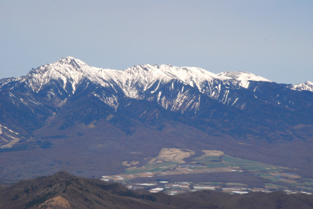 瑞牆山の山頂から八ヶ岳アップ_赤岳から硫黄岳