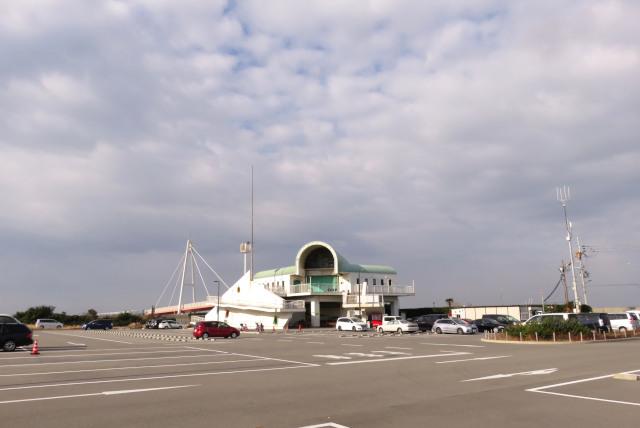 兵庫県尼崎市_武庫川_魚釣り公園_駐車場