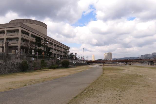 武庫川河川敷_宝塚市役所