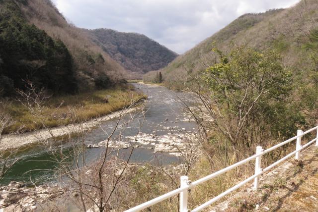 武庫川沿いに武田尾から道場へ_武庫川の流れ