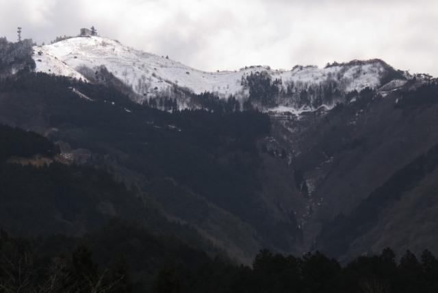 雪の粟鹿山_アップ