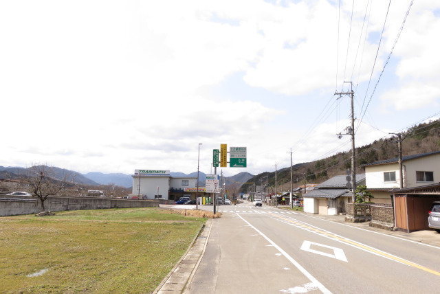遠坂峠の出口_山東IC