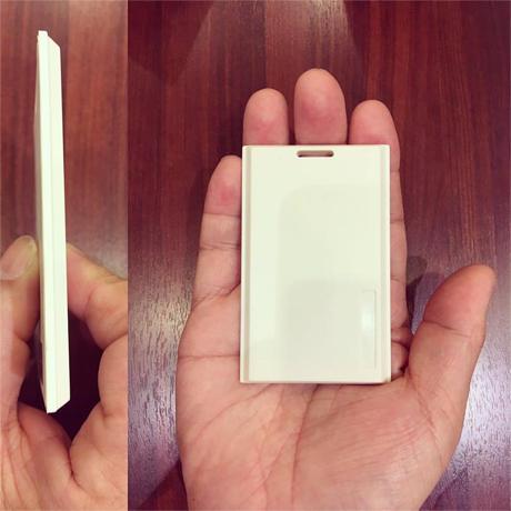 カード型BLEビーコンを使うリアルタイムロケーションシステム -  TRACKO
