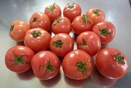 健康を考えながらの食費の節約・・トマト15個で200円ほか・・