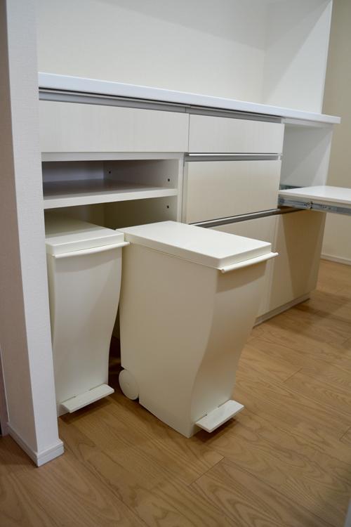 cupboard144-5.jpg