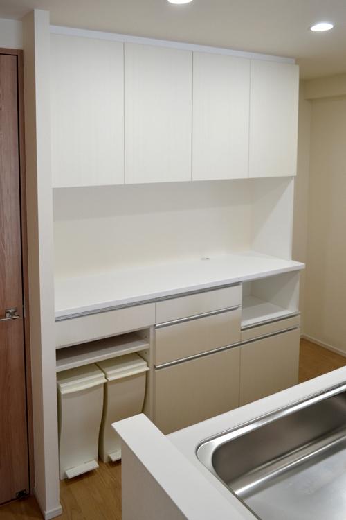 cupboard144.jpg