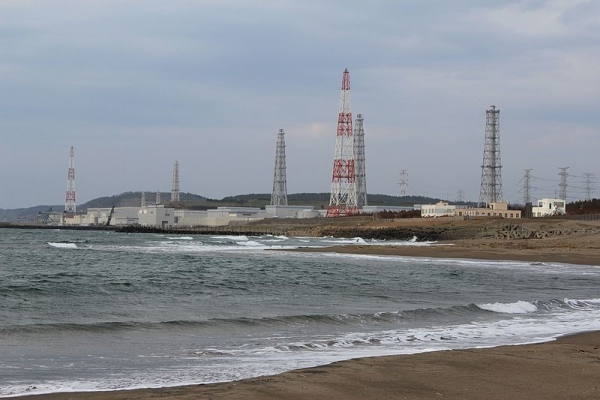 Kashiwazaki-Kariwa_Nuclear_Power_Plant_Seaside_View_201702160319282be.jpg
