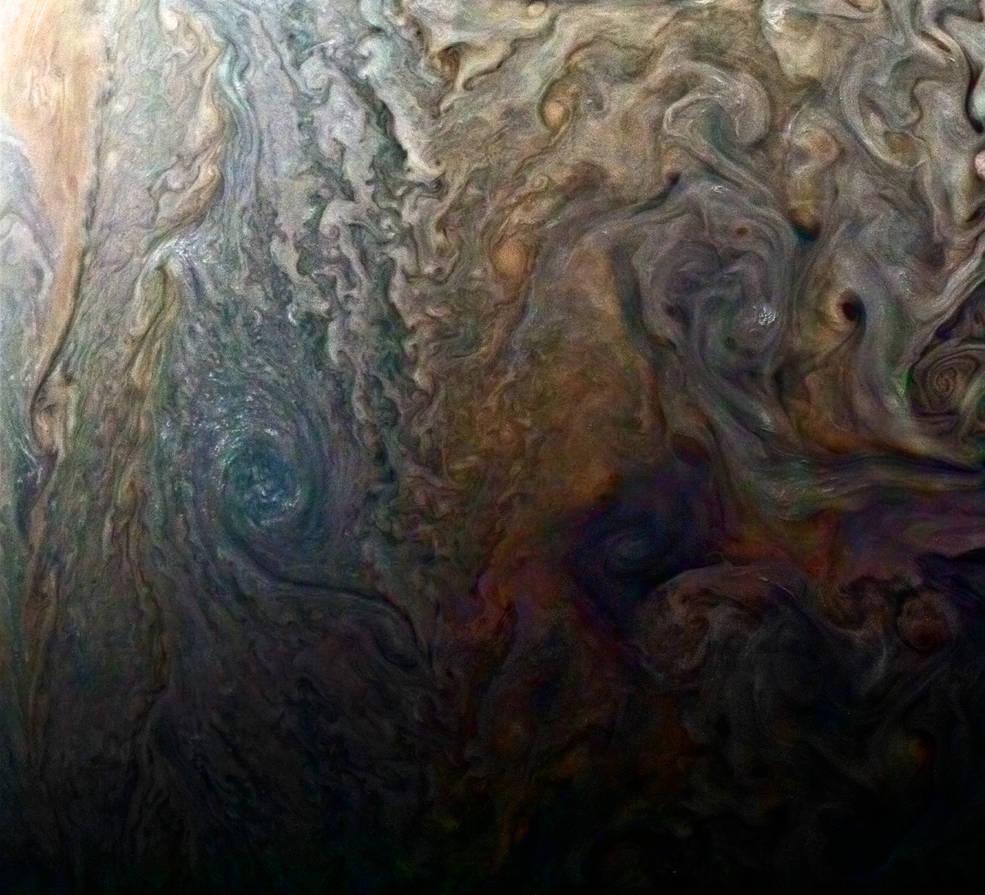 【NASA】木星の嵐や雲を鮮明に撮影…探査機「ジュノー」