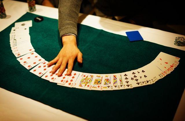 【人工知能】AIがポーカーでプロに圧勝する…進歩が著しい