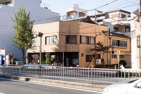 煉瓦風の家屋