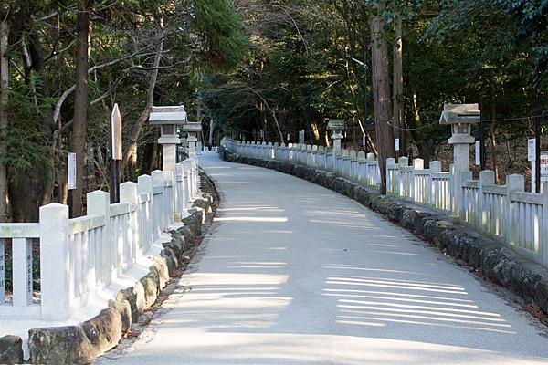 針名神社参道