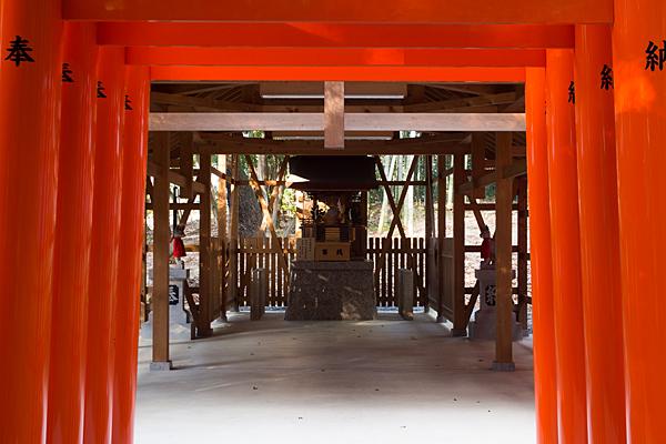 針名神社稲荷社鳥居