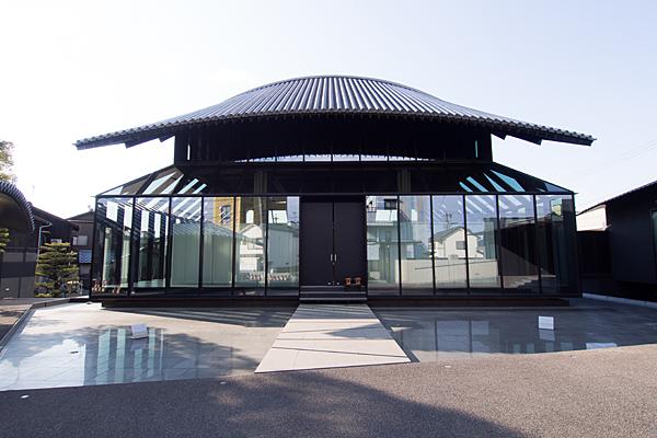 成願寺本堂