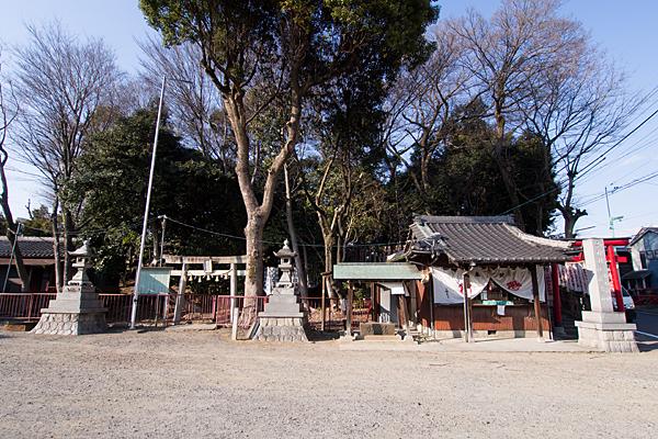 お福稲荷・山神社・白竜社
