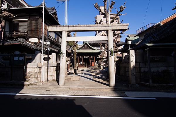 松山神社外観