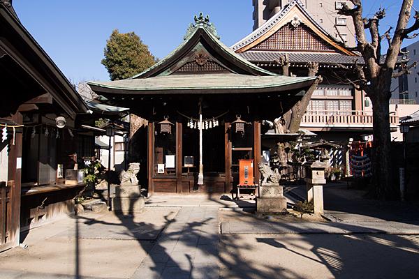 松山神社拝殿