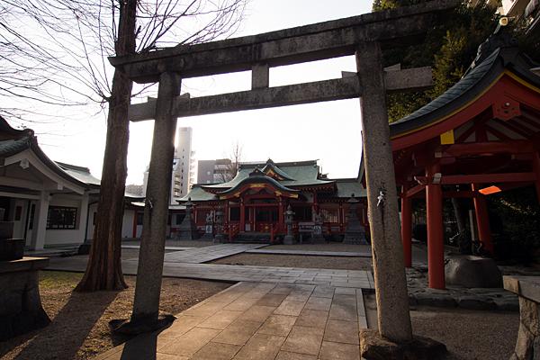 古渡稲荷神社境内