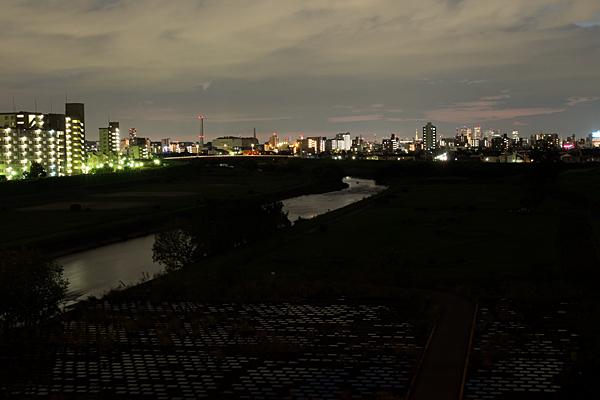 矢田川夜景色