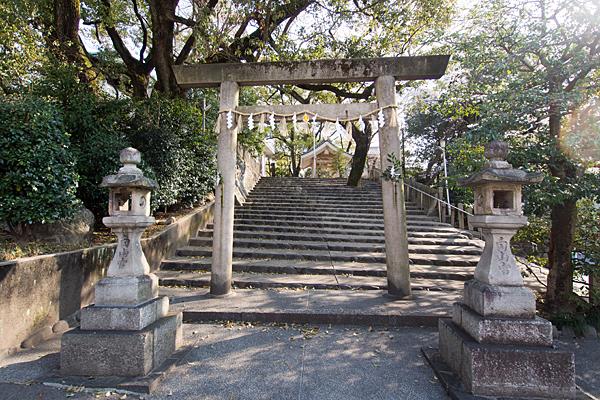 新栄白山神社北側入り口