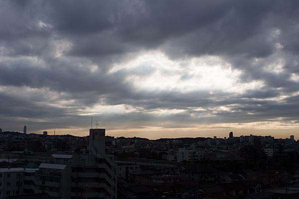 定点雲の切れ間
