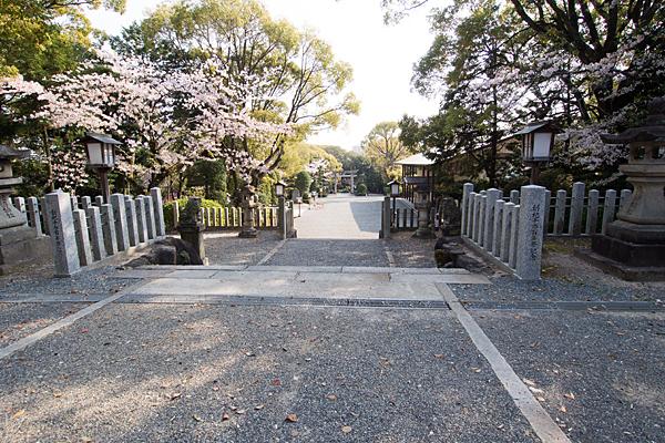 成海神社境内の風景