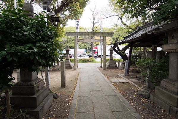 金刀比羅神社境内の風景