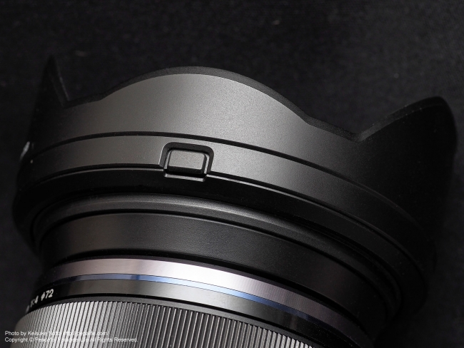 M.ZUIKO DIGITAL ED 12-100mm F4.0 IS PROの純正レンズフード