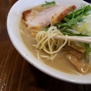 さぶろう 濃厚煮干ソバ 麺