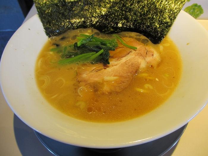 中田製作所 横浜家系豚骨醤油ラーメン