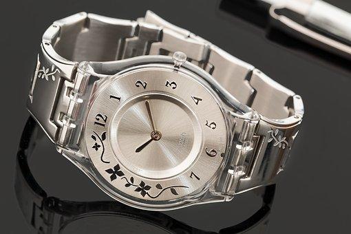 swatch-watch-2133289__340.jpg