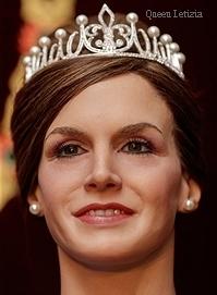 queen_letizia-wax.jpg
