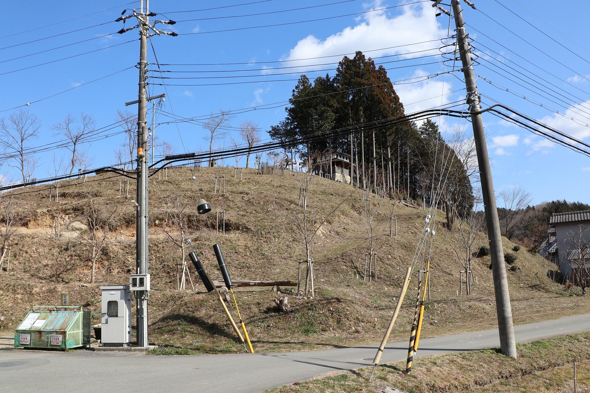 なんとなく城跡巡り      主に近畿地方を中心に愛車CBR400Rで城跡を巡っています