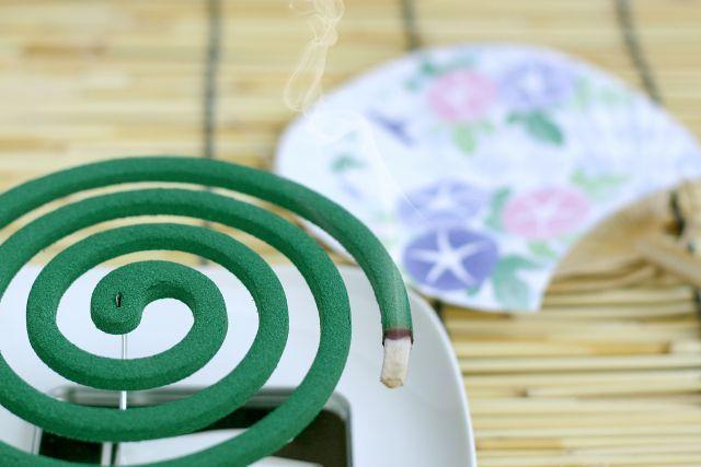 渦巻き型蚊取り線香は、どうやって作られる?