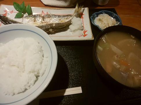 焼き魚とトン汁