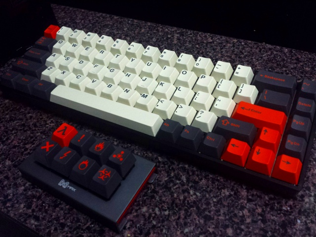 Mechanical_Keyboard90_03.jpg