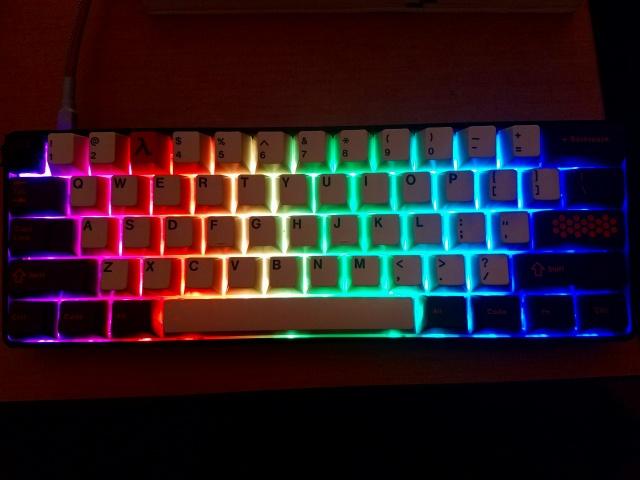 Mechanical_Keyboard90_04.jpg