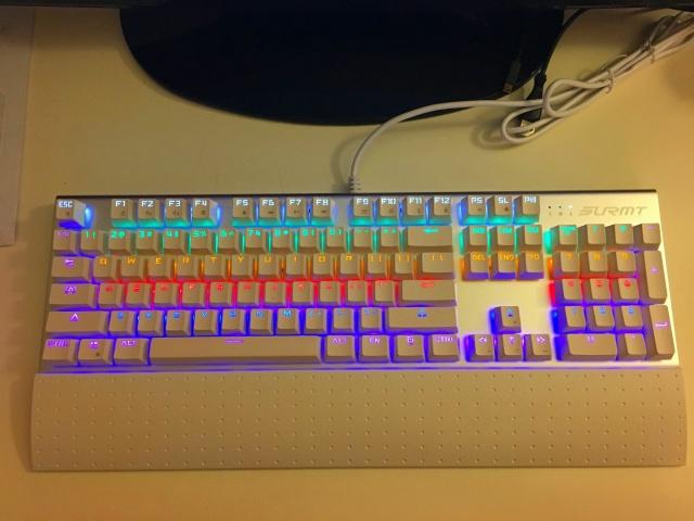 Mechanical_Keyboard90_08.jpg
