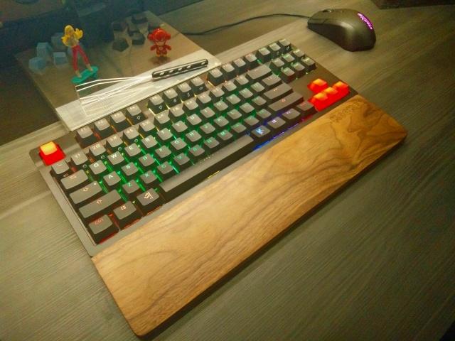 Mechanical_Keyboard95_25.jpg