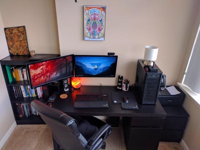 PC_Desk_MultiDisplay89_22.jpg