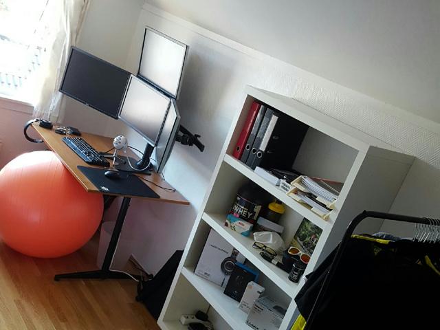 PC_Desk_MultiDisplay89_31.jpg