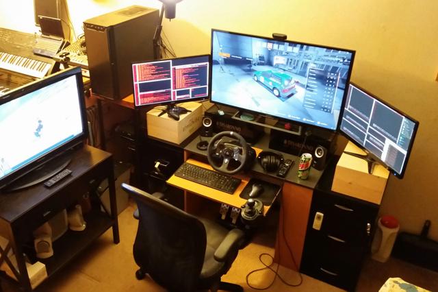 PC_Desk_MultiDisplay89_37.jpg