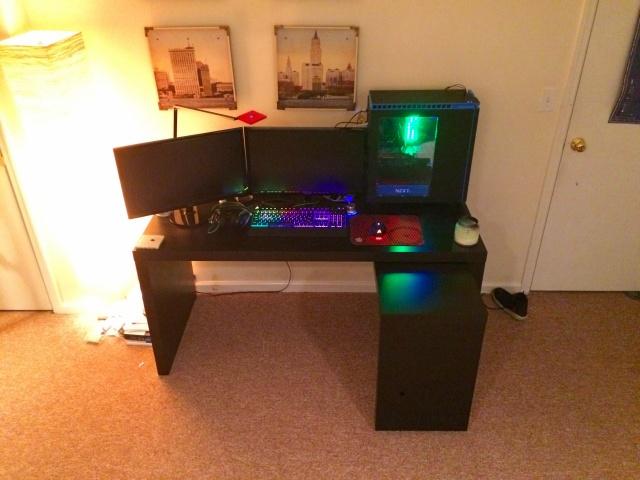 PC_Desk_MultiDisplay89_46.jpg