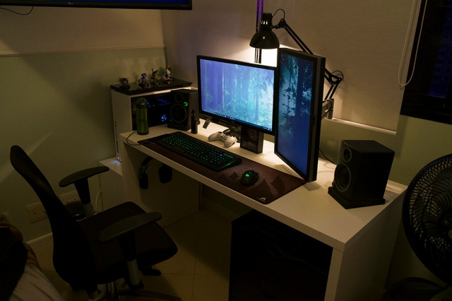 PC_Desk_MultiDisplay90_41.jpg
