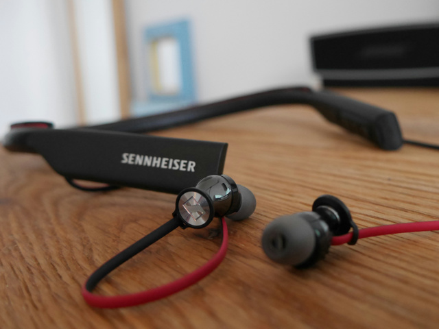 Sennheiser_HD1_Wireless_03.jpg